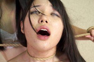 女性同士の首絞め気持ち良く失神する表情がマジでセクシー