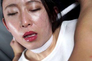 美少女・ギャル・熟女が首絞めで汗を吹き出しメイク落ちしながら失神する醜い表情!